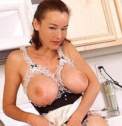Notgeile Hausfrau